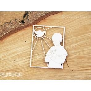 Izrezek, chipboard, pravokotni vitraž, deček moli in golobica