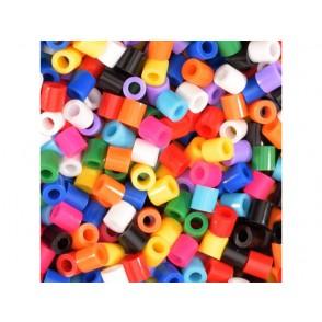 Perle v plastični posodi