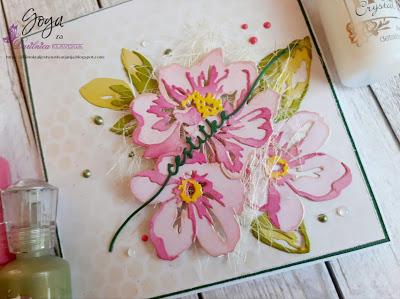 NUVO - tekoče perle in Sizzix večplastni cvetovi